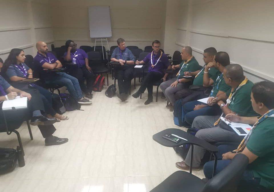 جلسة عمل مع رئيس اللجنة الكشفية العالمية