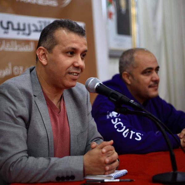 جلسة مع السيد المدير العام للتلفزيون الجزائري والمنتج السعيد عولمي خلال أمسية اليوم وعلى هامش المسار التدريبي الأول للمدربون الشباب